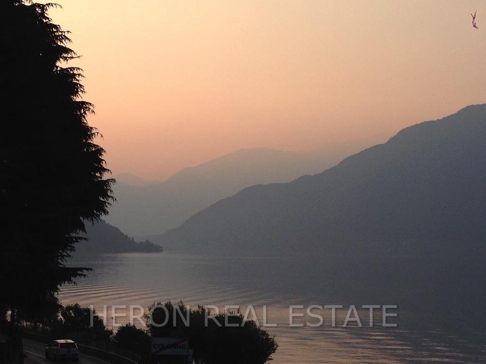 atmosphere Lake Como