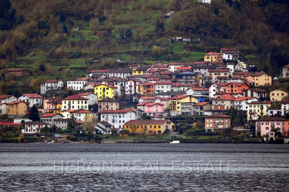 charming village Lake Como