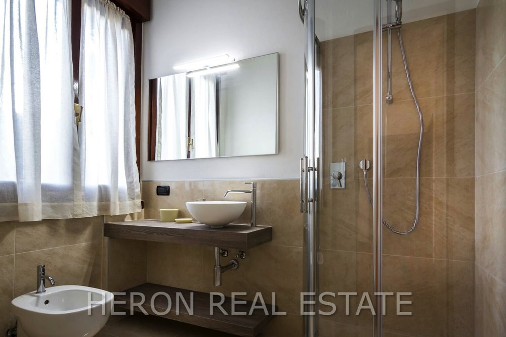 14 vendita villa cernobbio.jpg