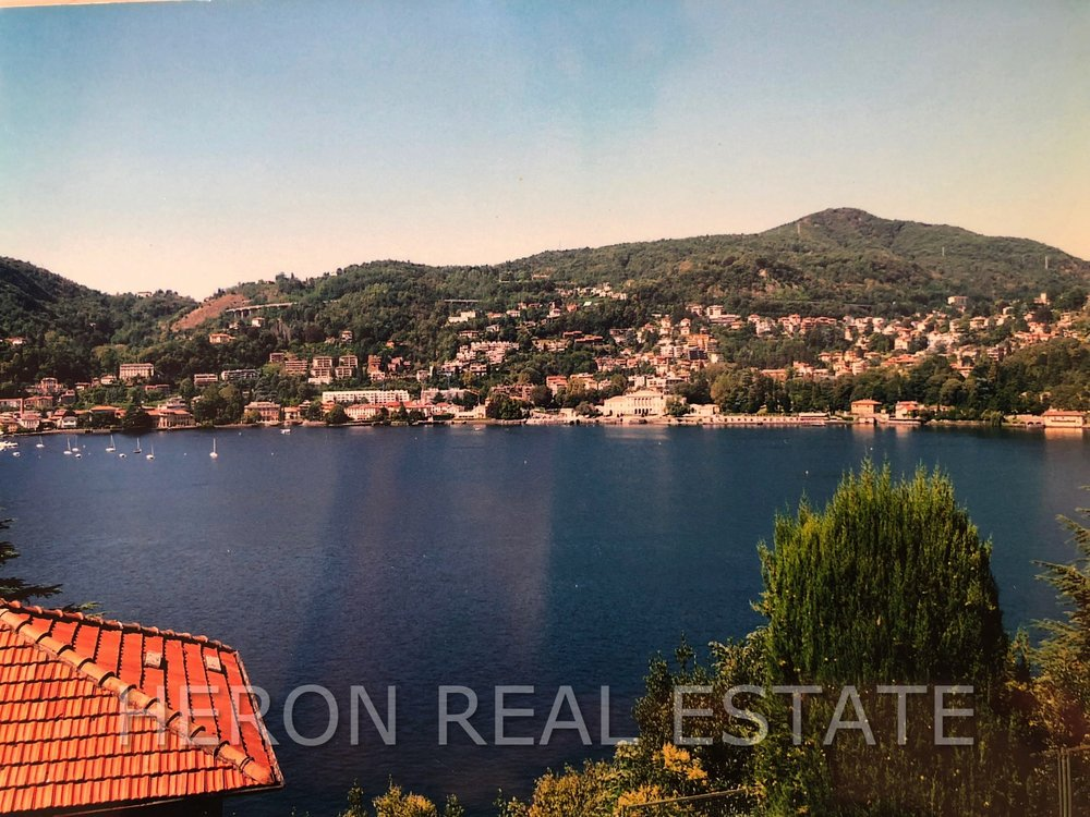 House in Como with lake view.jpg