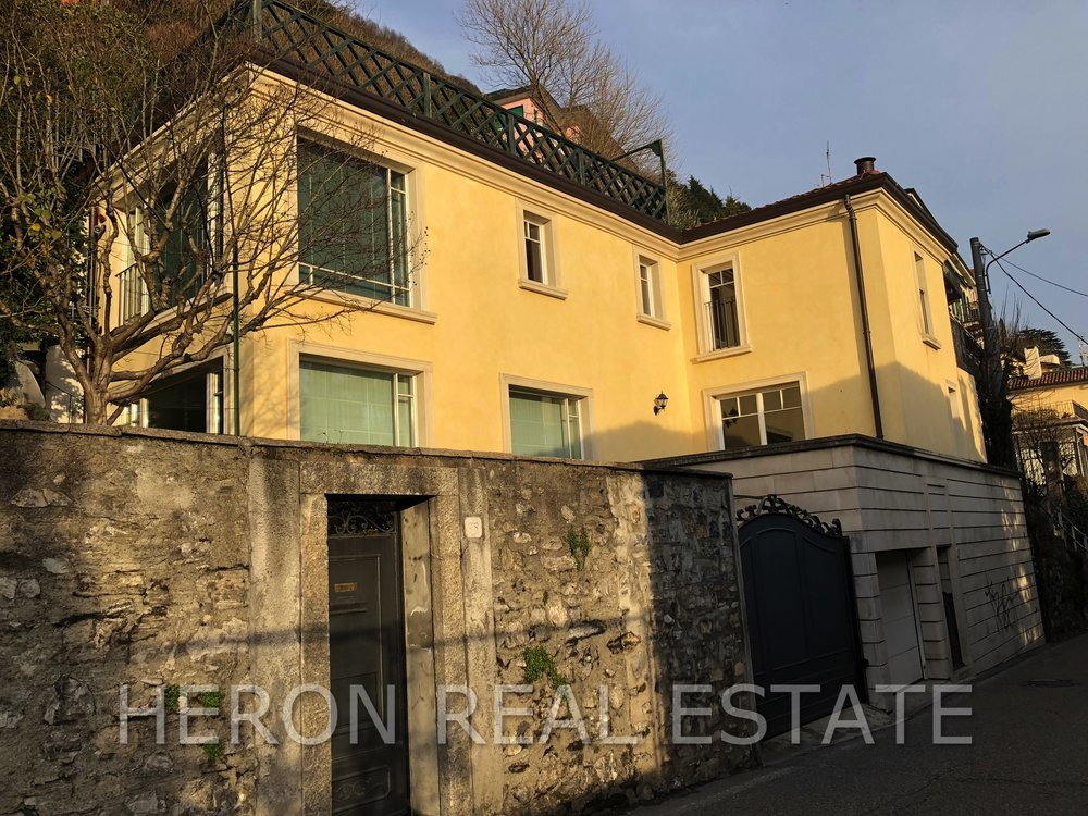 Renovated house in Como for sale.jpg