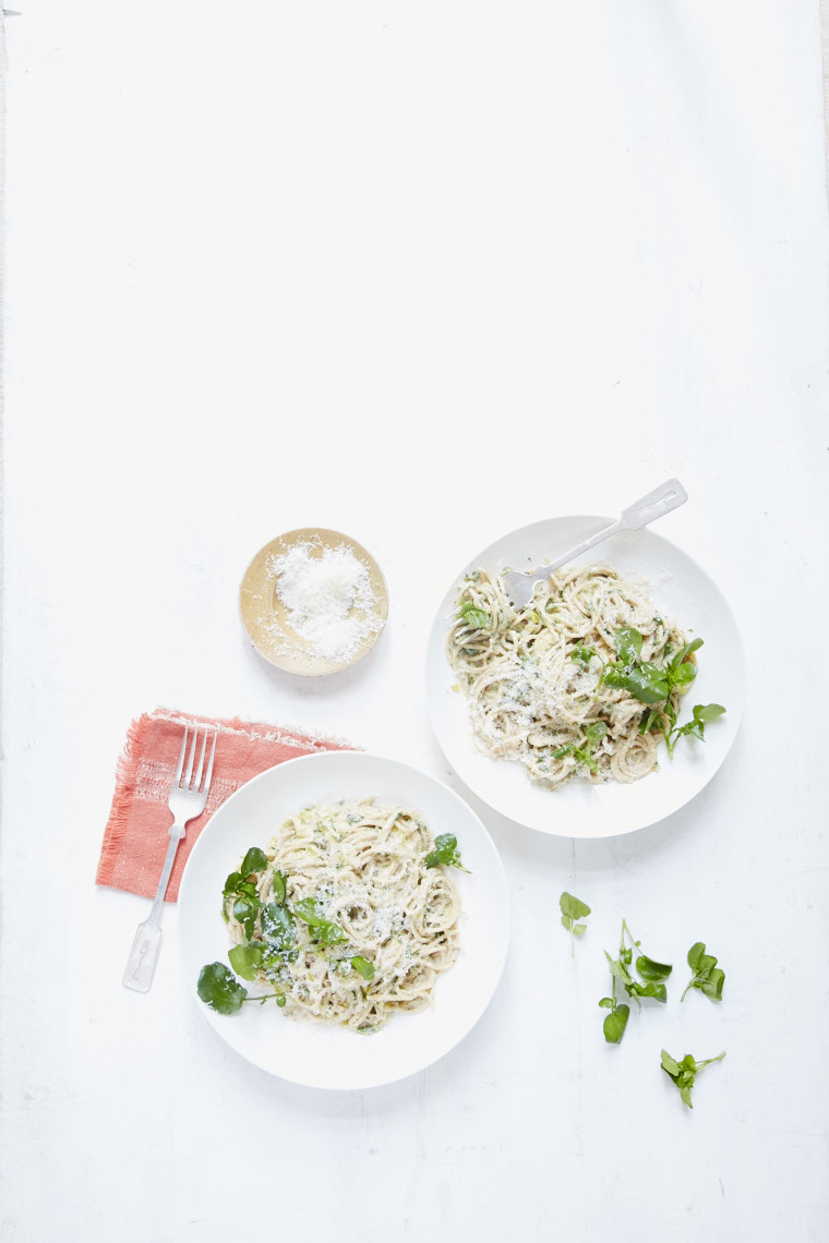 Creamy leek and watercress spaghetti