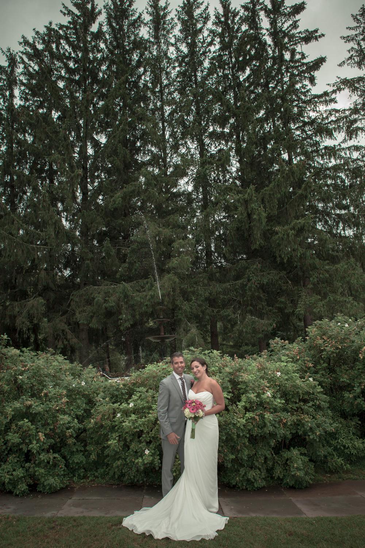 Catskill Mountains Wedding at the Full Moon Resort