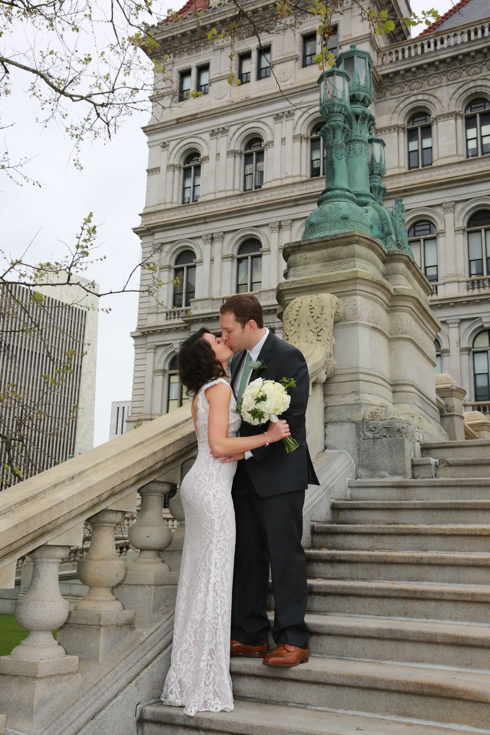 Albany wedding photo at the state house