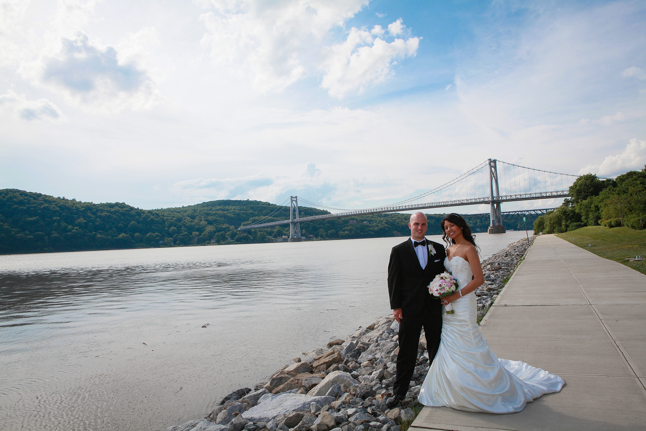 Poughkeepsie Wedding Portrait at the Grandview