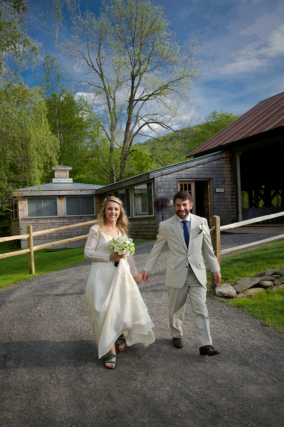 Catskills and Hudson Valley Rustic Weddings