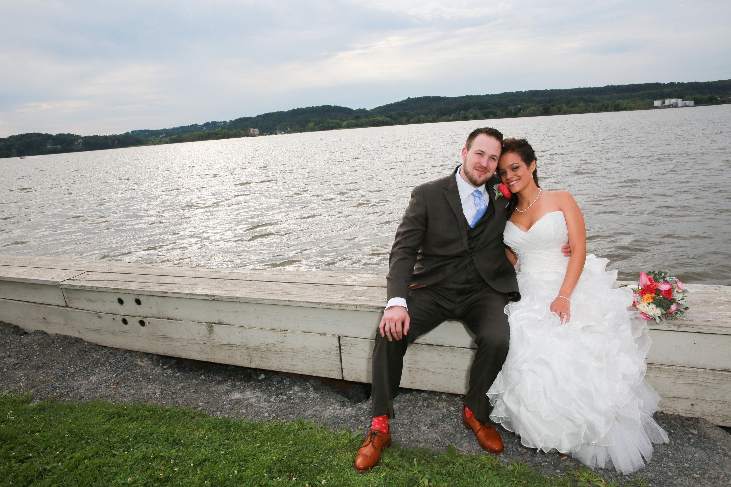 Wedding at the Rhinecliff by Aperture Photography