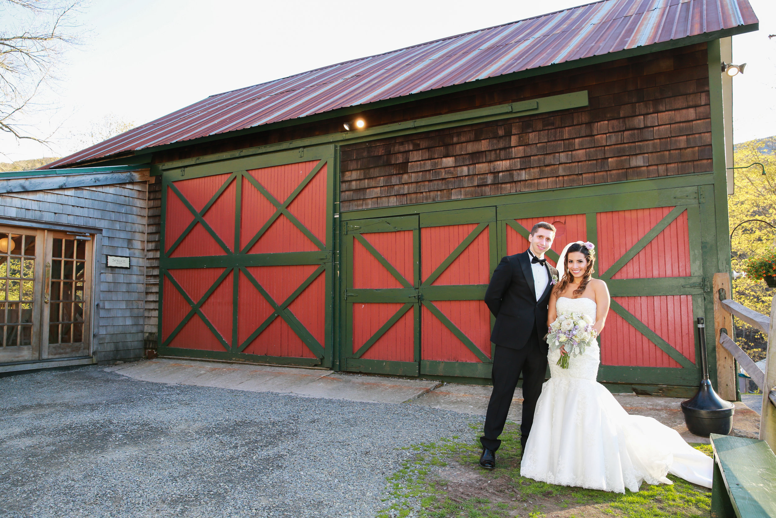 Barn Wedding Photography in the Catskills by Aperture Photography