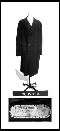 pockets-coat.png
