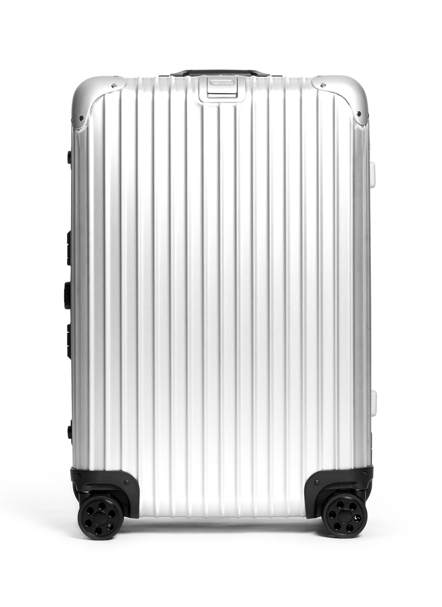Benson Yip Photography Product Rimowa.jpg