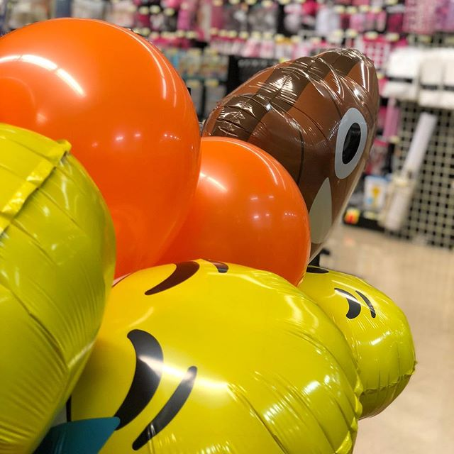 Of course we got balloons for #SMDayCincy...wouldn't be a dooley event without 'em. Who's pumped?!