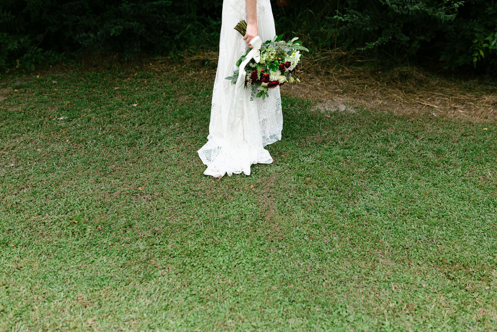 Romantic Backyard Wedding - Bouquet Inspiration - Durham Wedding Photographer - Of Fate and Chaos