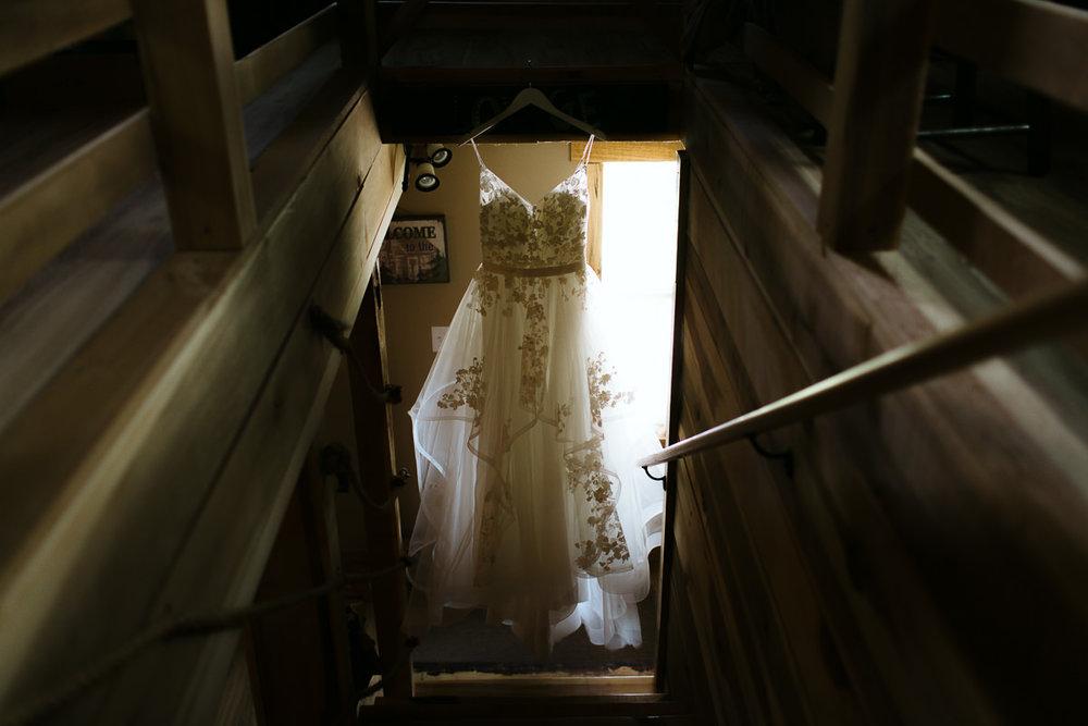 K+A_lovewell-lodge-wedding-blacksburg-pembroke-1.jpg