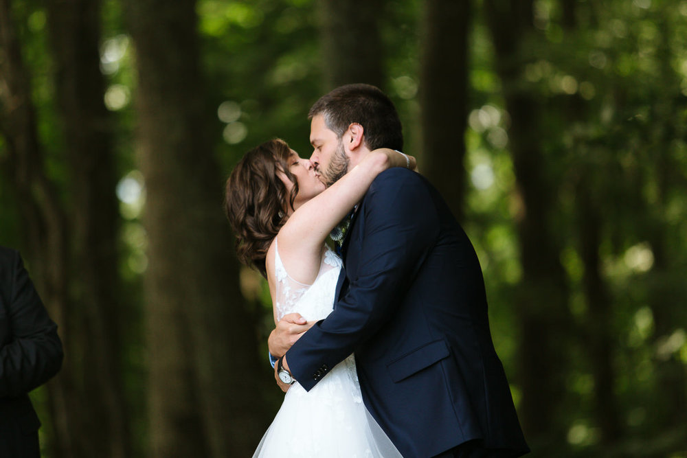 K+A_lovewell-lodge-wedding-blacksburg-pembroke-7.jpg