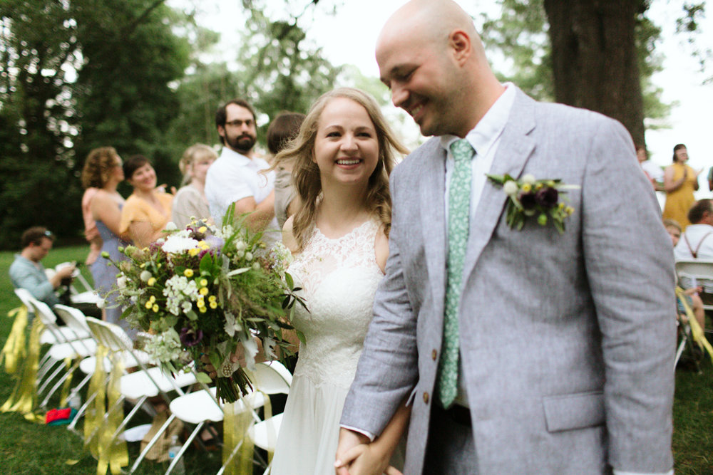 Pop Castle White Stone Virginia Wedding-10.jpg