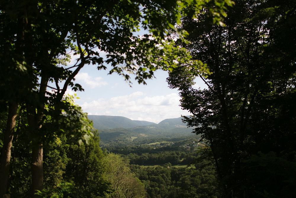 mountain-views-lovewell-lodge-virginia