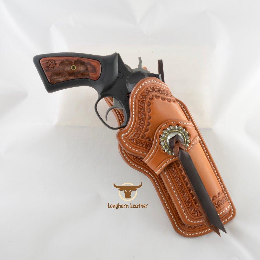 Longhorn Leather AZ - Ruger GP100 holster featuring the %22Kingman%22 design. 2.jpg