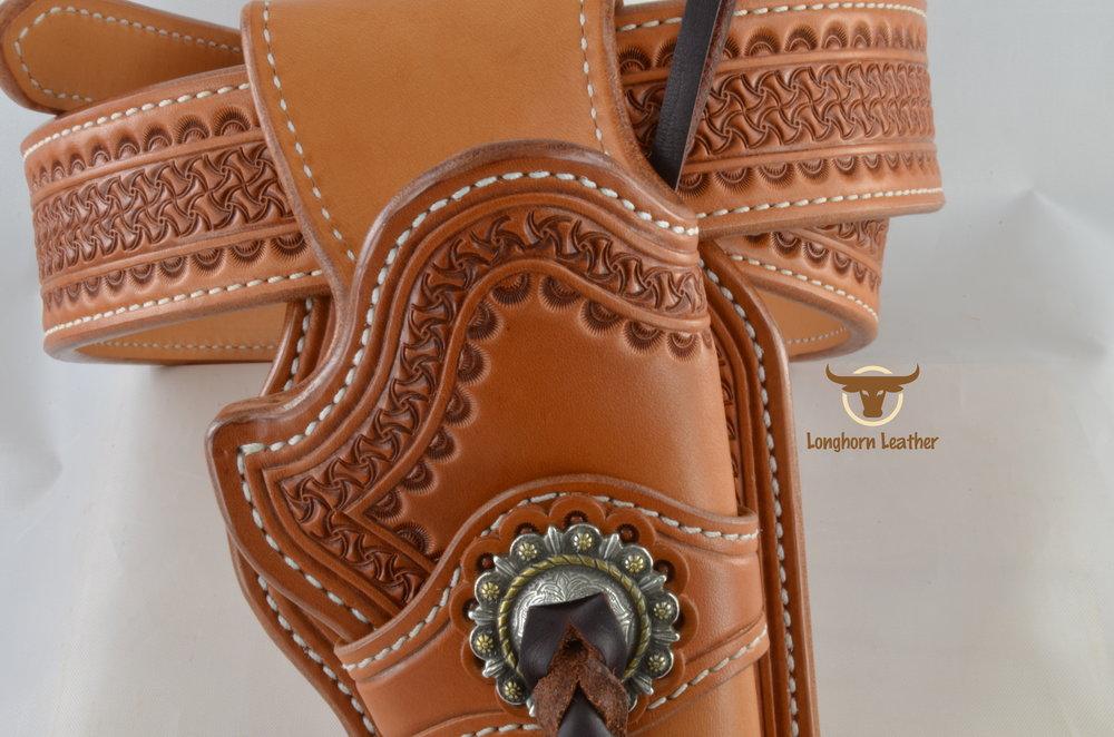 Longhorn Leather AZ - Ruger GP100 holster and gun belt featuring the %22Kingman%22 design..jpg