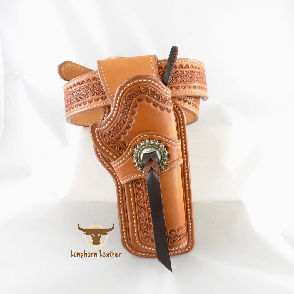 Longhorn Leather AZ - Ruger GP100 holster featuring the %22Kingman%22 design. 3.jpg