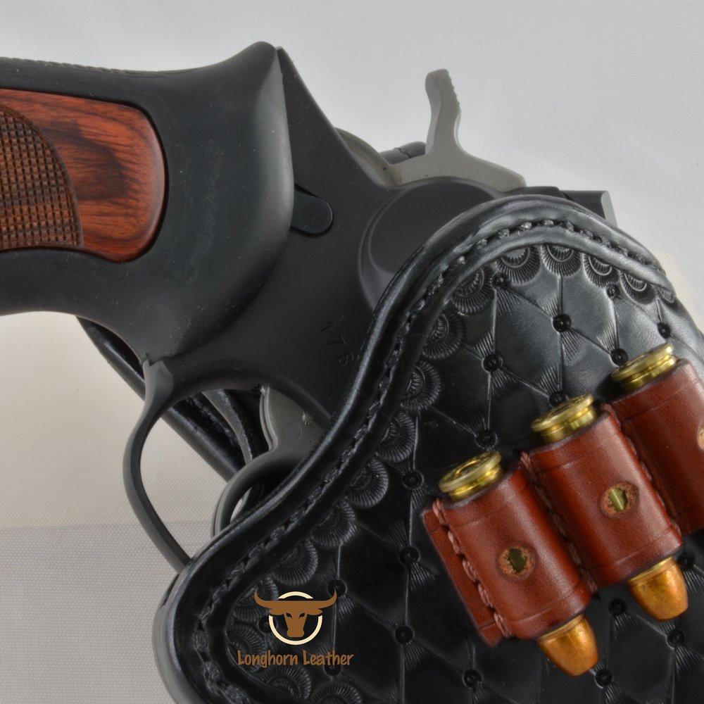 Longhorn Leather AZ - Ruger GP100 holster featuring the %22Abilene%22 design 18.jpg