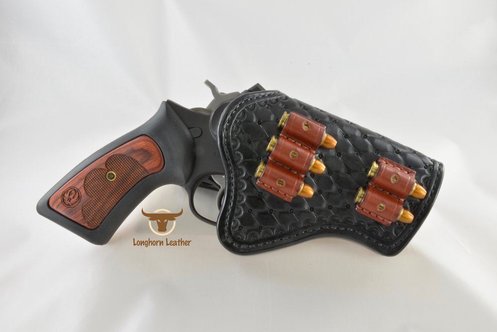 Longhorn Leather AZ - Ruger GP100 holster featuring the %22Abilene%22 design 6.jpg
