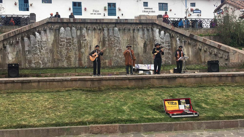 Cusco-Peruvian-Band.jpg