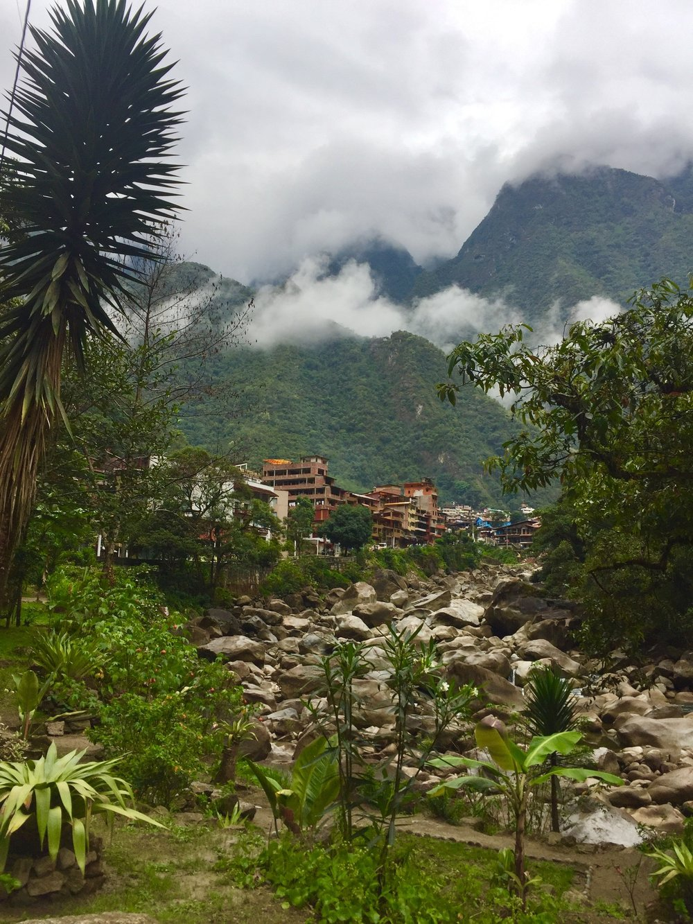 aguas calientes.jpg