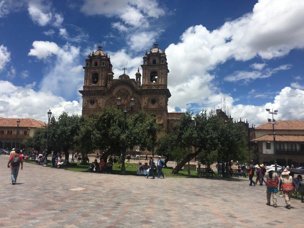 Cusco Plaza De Armas.jpg