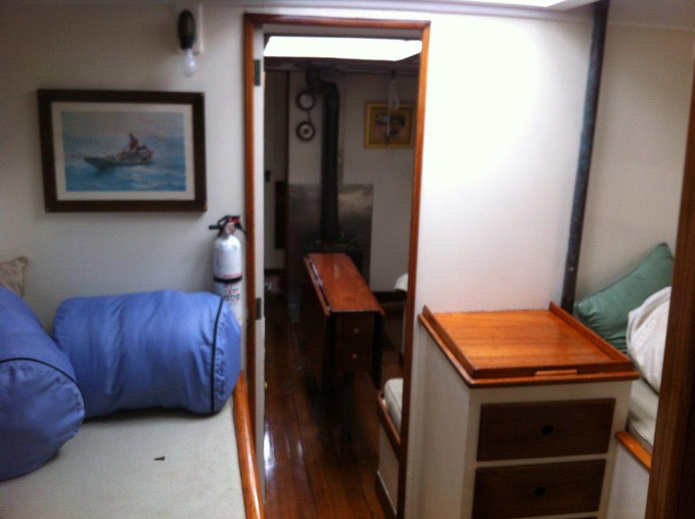 unbounded-adventures_schooner-tyrone-berth-1.jpg