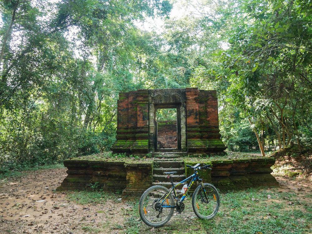 Ruins on Siem Reap Bike Tour