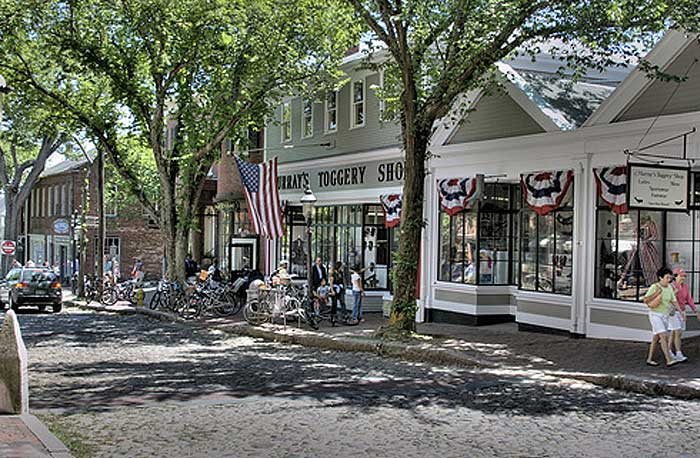 Nantucket-Main-Street.jpg