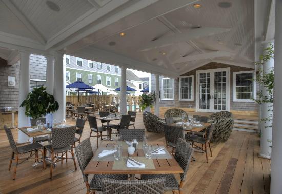 breeze-bar-cafe.jpg