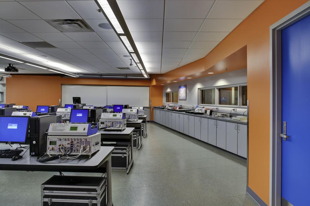 LWTC ED Lab 104.jpg