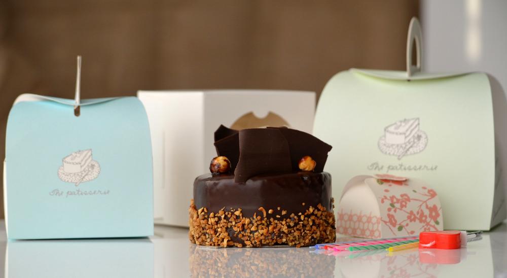cake w: box 4.JPG