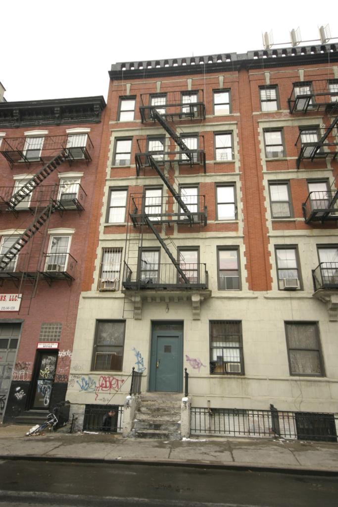 51 MONROE ST, NY    $16,750,000    2-5 Story walkup apartment building 164 Henry: 1-5 Story walkup apartment building