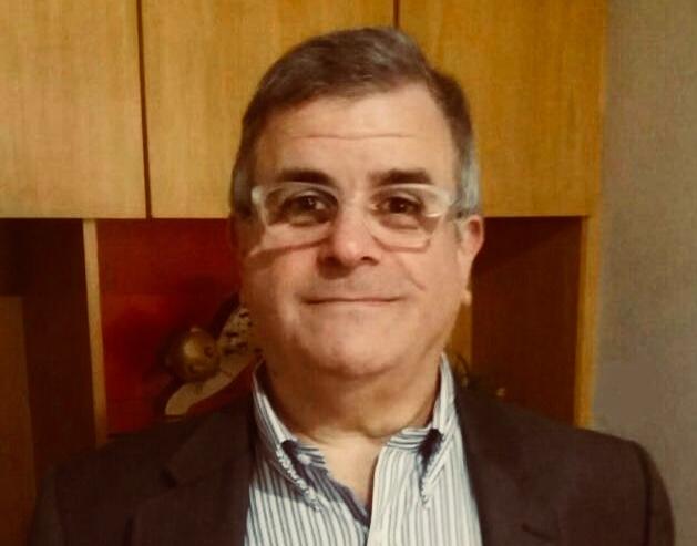Milton Sabbag Jr. - Possui mestrado em Psicologia (Psicologia Clínica) pela Pontifícia Universidade Católica de São Paulo (1992). Atualmente é professor/ ex-coordenador de curso da Universidade São Francisco. Tem experiência na área de Psicologia, com ênfase em Psicologia clínica.