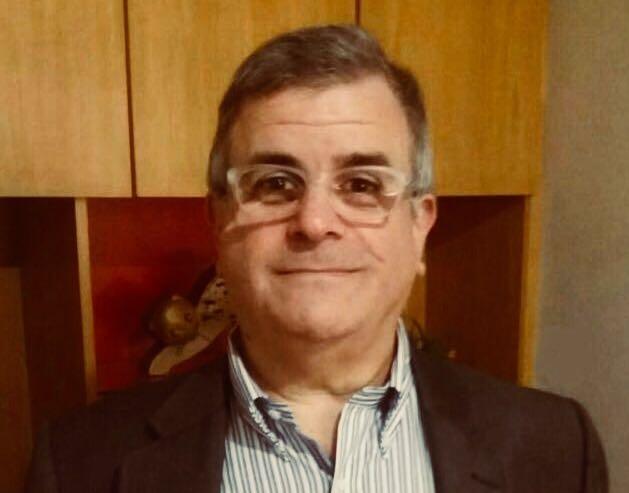 Milton Sabbag Jr. - Possui mestrado em Psicologia (Psicologia Clínica) pela Pontifícia Universidade Católica de São Paulo (1992). Atualmente é professor/ex-coordenador do curso da Universidade São Francisco. Tem experiência na área de Psicologia, com ênfase em Psicologia clínica.