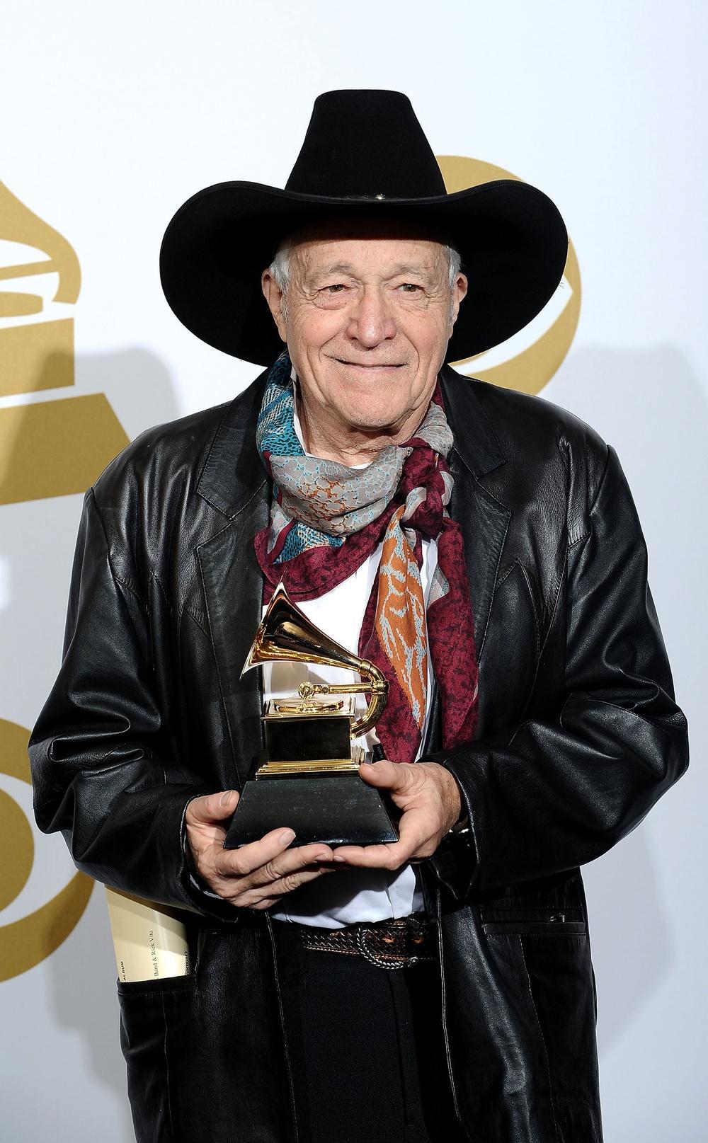 RJE Grammy 2010 300dpi.jpeg