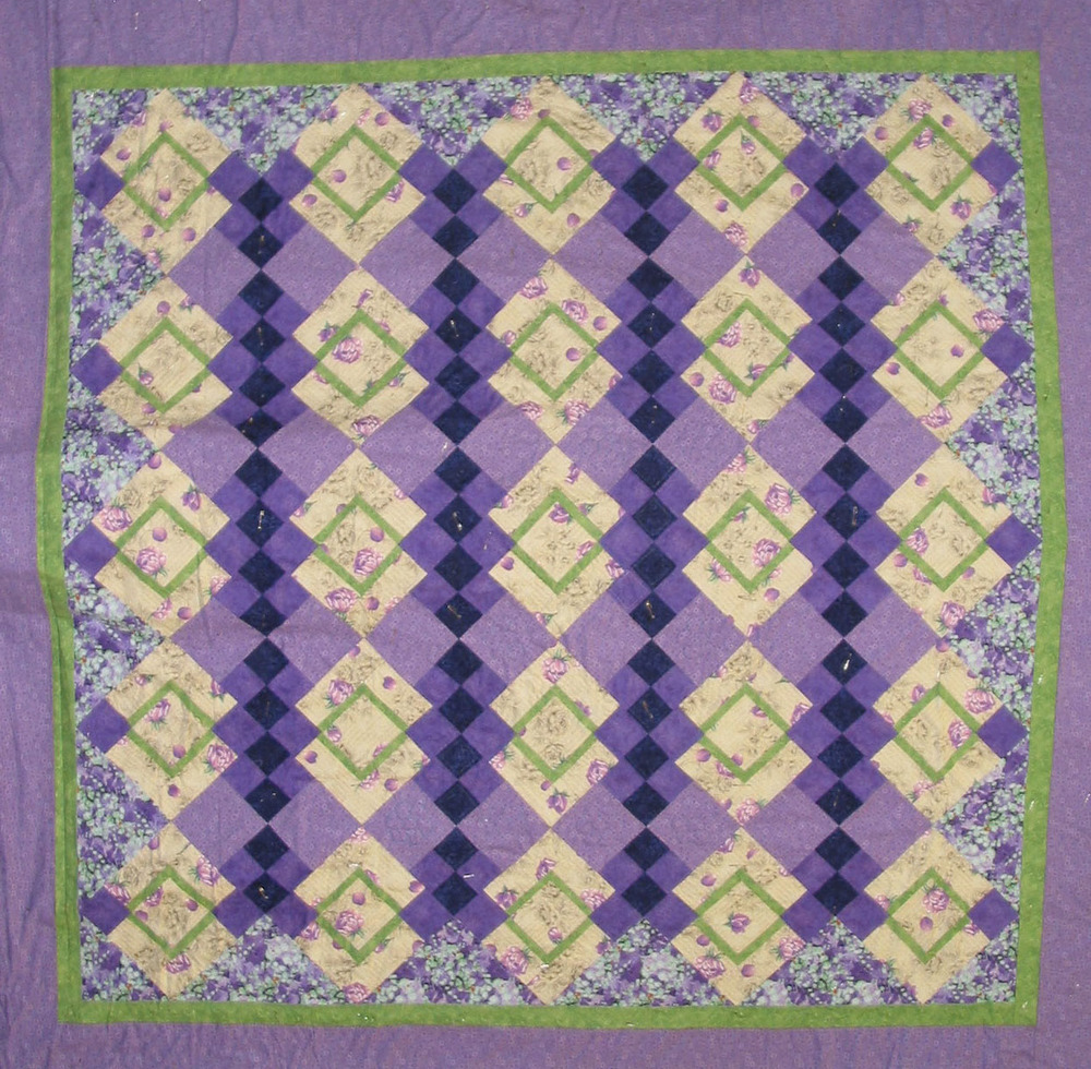 raffle quilt 2015 rotated.jpg
