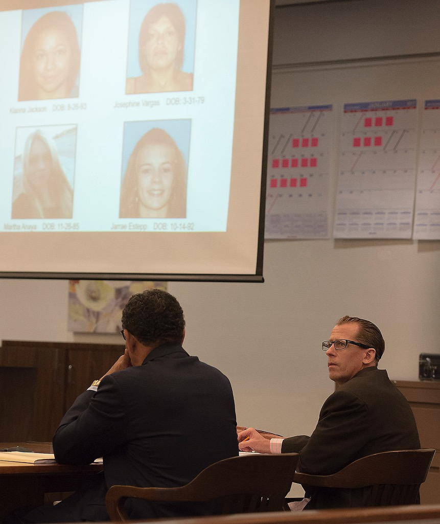 Steven Gordon representing himself in trial. Photo by Sam Gangwer, Orange County Register.
