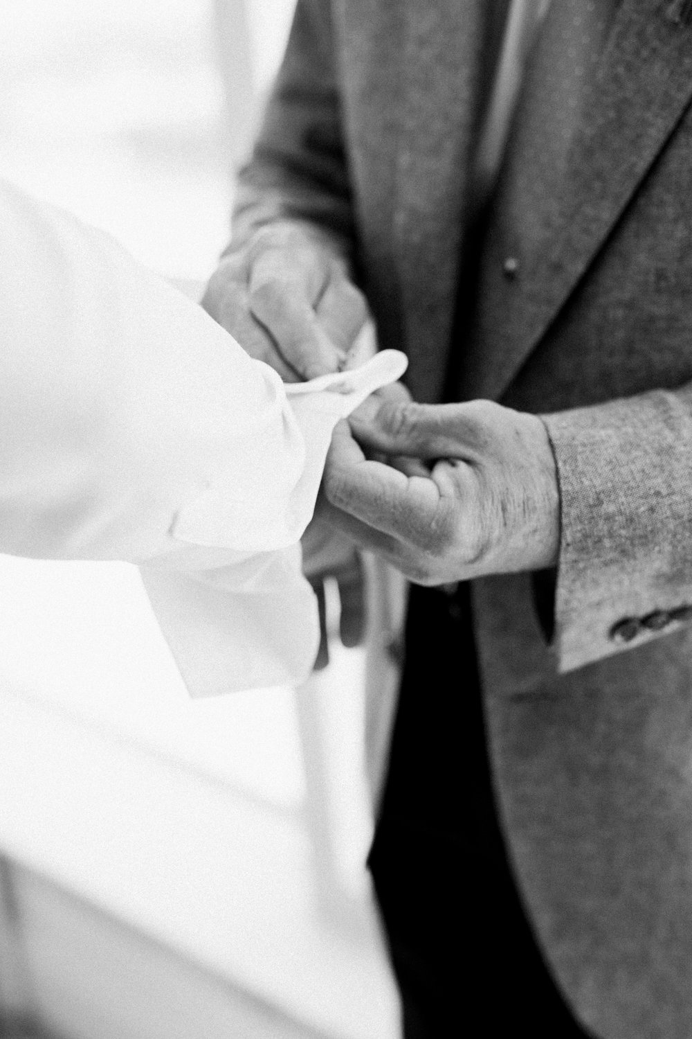 18-dad-groom-cufflinks.jpg
