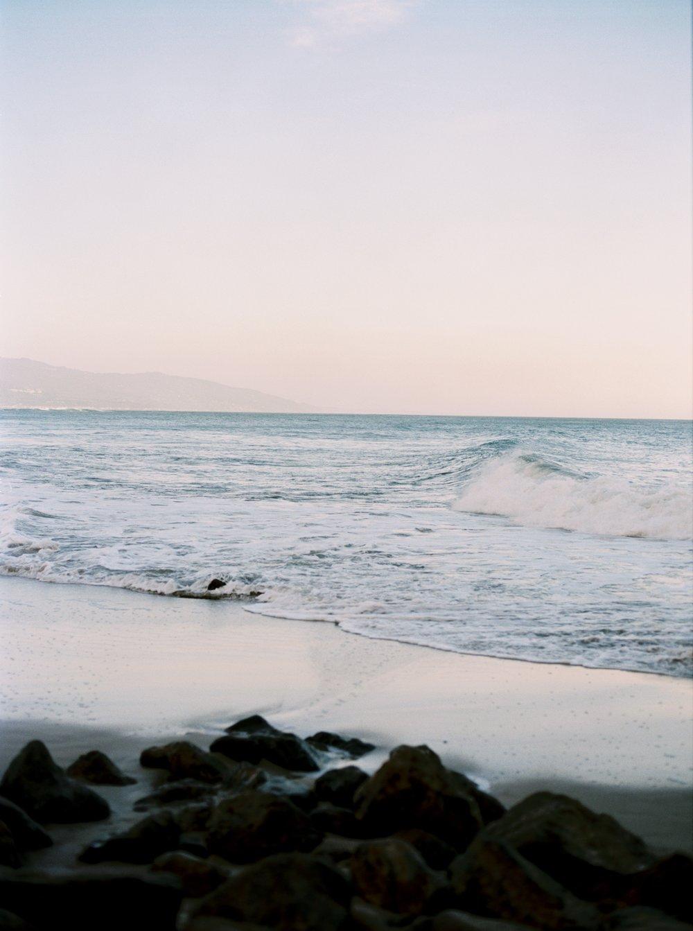 Malibu-Point-Dume-Boudoir-20.jpg