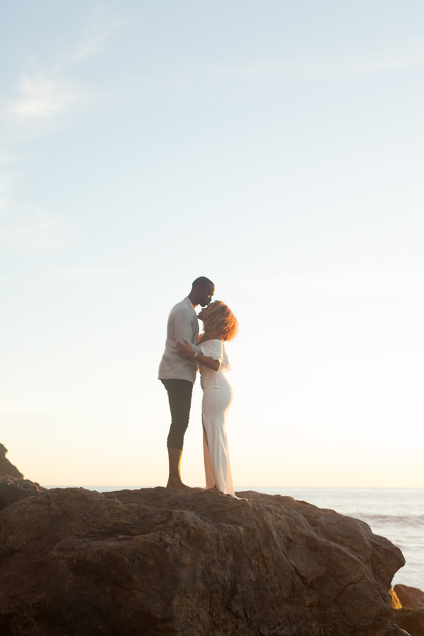 Malibu-Point-Dume-Engagement-15.jpg