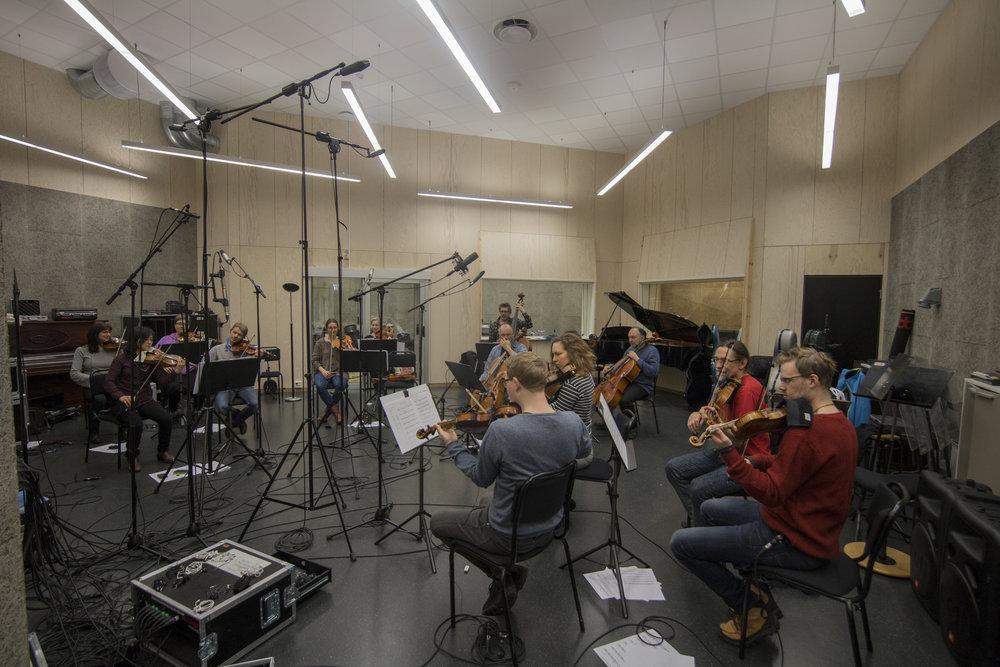 Nordnorsk Opera og Symfoniorkester(NOSO)under innspilling av musikk til forestillingen GLEMT av Simone Grøtte. 21.04.2017