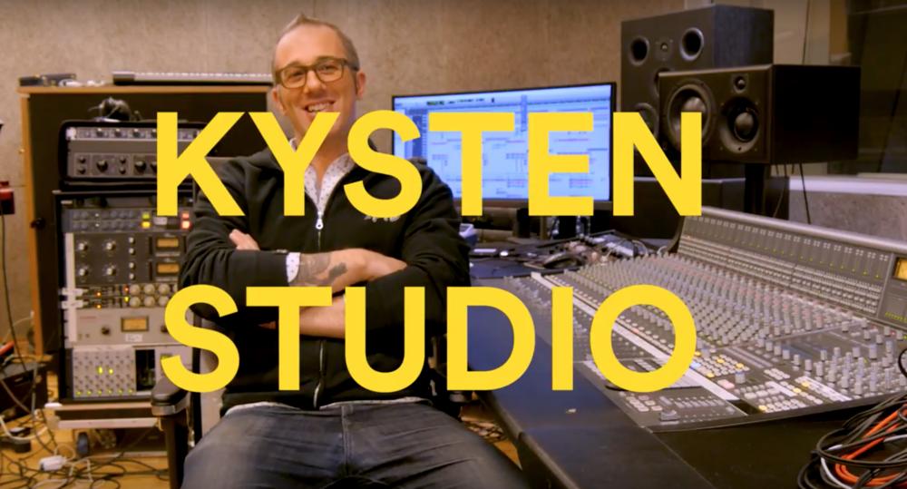 Joel Hamilton in Kysten Studio
