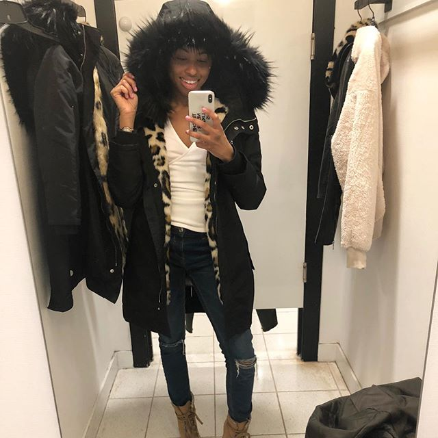 Issa coat and a vest. @express knows what they're doing. 🙏🏾👏🏽😍 Anything that gives you a 2 in 1 feature is essential.
