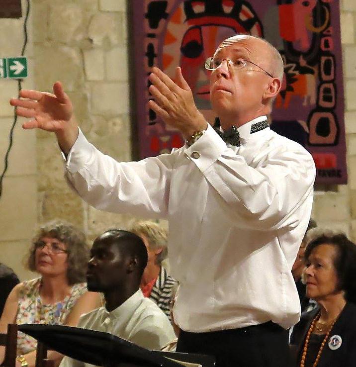 Christopher Fletcher conducting