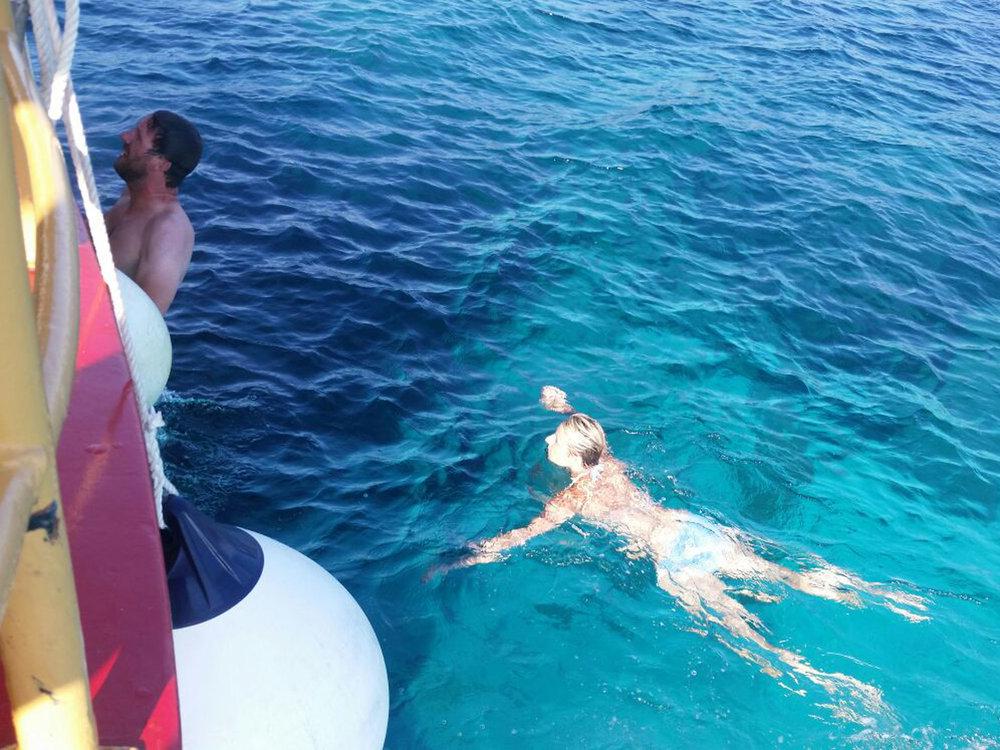 6_swimming.jpg