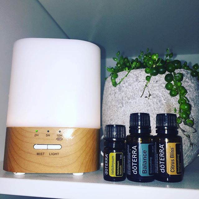 Every morning my ritual is to intuitively choose three oils for my diffuser. I don't ever think what I need, I just allow my intuition to know what I need. Today, it was these three and then I looked up the emotions of these three oils and they are so perfect (sharing my inner feelings here 😂✨). _ Helichrysum is an amazing healer of pain, but this can be emotional pain as well as physical pain. It gives us powerful spiritual support. If you are someone whose had intense emotion pain, trauma or is feeling hopeless and despairing, helichrysum brings healing, courage, determination and transformation (I'll take it)! _  Balance is the oil for grounding and with my type of brain and personality, I always need this. If you are feeling scattered, ungrounded, disconnected and unstable, balance helps you feel more grounded, connected, connected and gives you an inner strength.  _ Finally, citrus bliss, is the oil of creativity. If you are feeling unmotivated, discouraged, or you are in comparison; this oil is perfect. It will support you to be come more childlike, creative, motivate, invigorated, confident and spontaneous! _ Thank you intuition, you've nailed it!! What is your intuition telling you today? What does your intuition know that you need?  _ If you want to know more about these amazing oils, reach out to me sister and send me a dm. Susy ✨