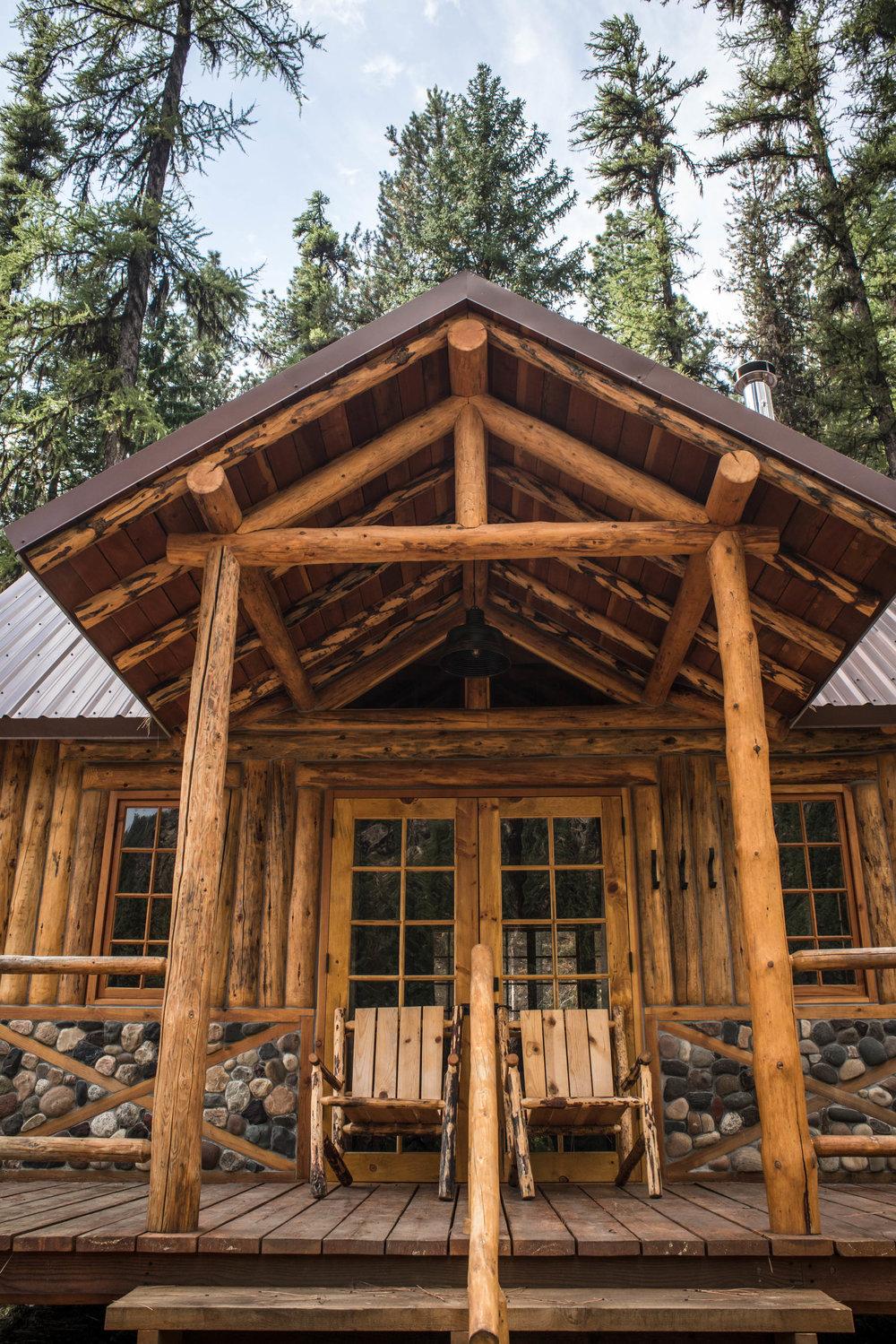 Minam_River_Lodge_Wallowa_Mountains_Eagle_Cap_Wilderness_Oregon_Autumn_2017_Please_Credit_Talia_Jean_Galvin-127.jpg